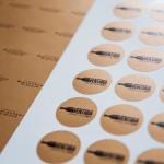 Naklejki i etykiety reklamowe | Pracownia reklamy Logomotiv