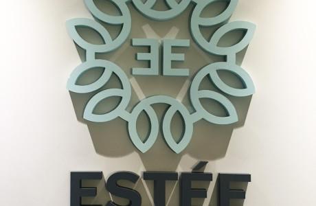 Logo przestrzenne ze styroduru Estee Estetik | Logomotiv