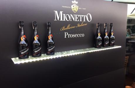 Stand reklamowy Mionetto | Pracownia reklamy Logomotiv