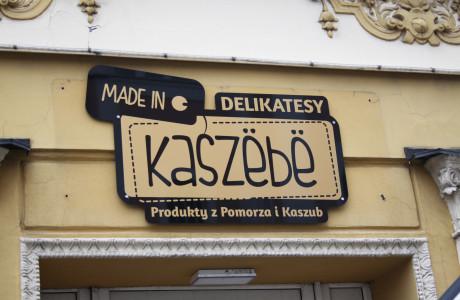 Branding sklepu spożywczego Delikatesy Kaszebe | Pracownia reklamy Logomotiv